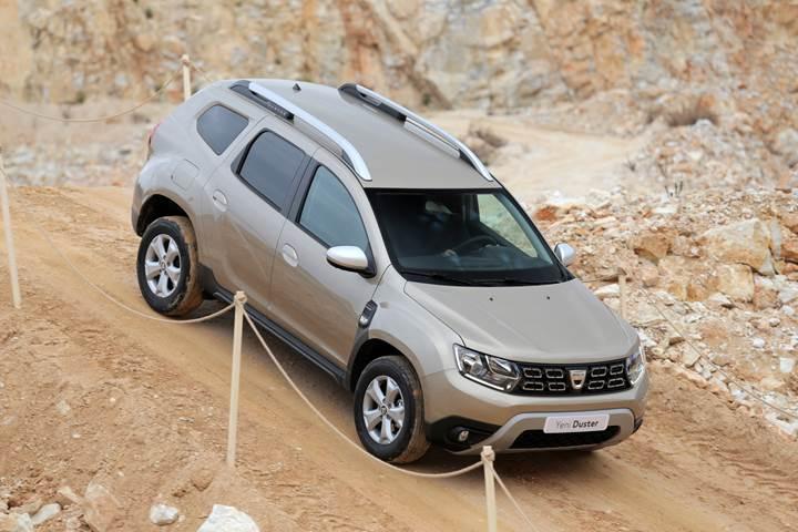 2018-Dacia-Dusterin-tum-donanim-ve-fiyatlari-aciklandi97308_1.jpg